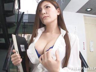 порно большие сиськи молодых женщин