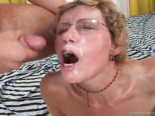 Порно бабушки кремпай