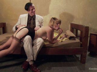 Порно с дамами с волосатыми письками