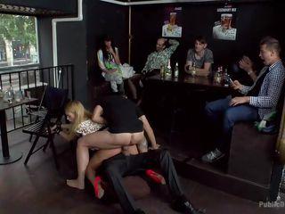 Жесткое групповое порно без регистрации